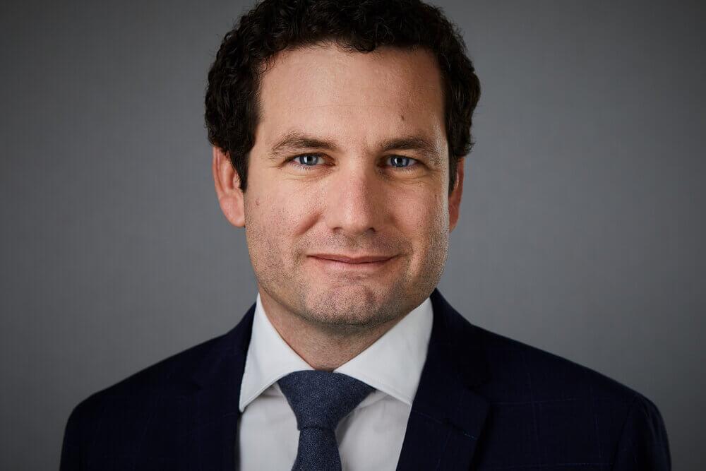 Portraitfoto - Bürgermeister Laxenburg